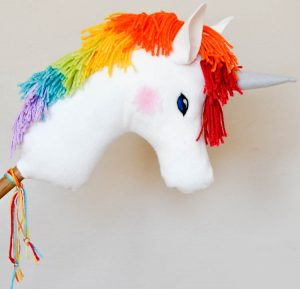 adventure in a box diy-rainbow-mane-unicorn-tutorial-1