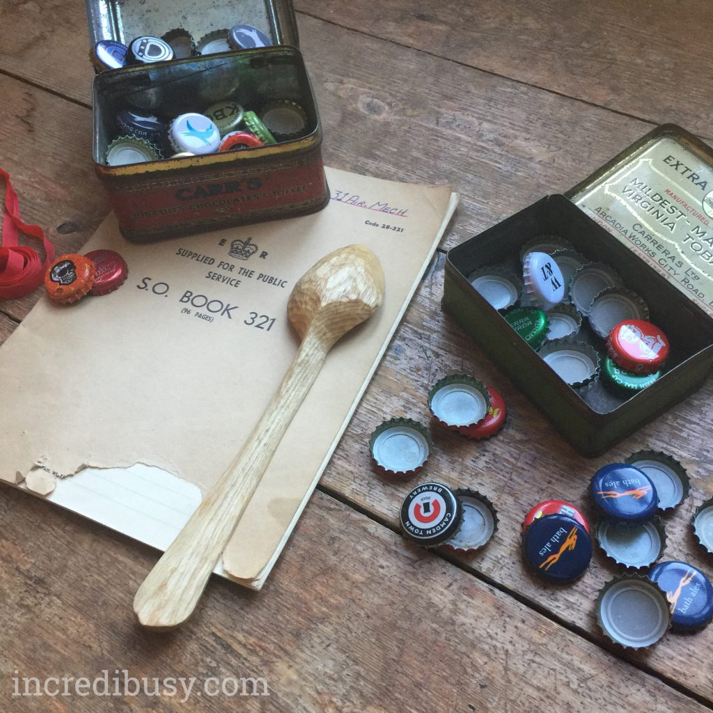 bottle-cap-decorations-three-quarter-incredibusy