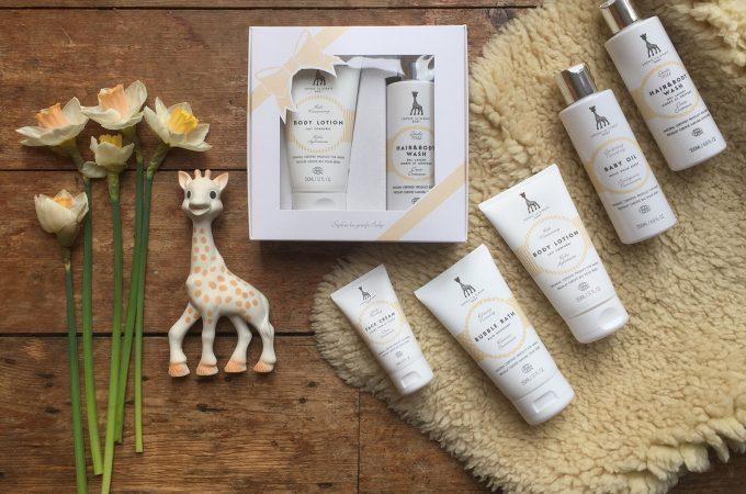 Sophie-la-girafe-cosmetics-incredibusy-giveaway