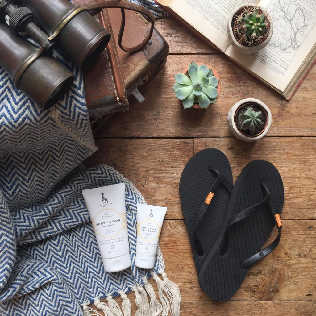 WIN---organic-skincare-and-Olli-Flip-Flop-with-logo