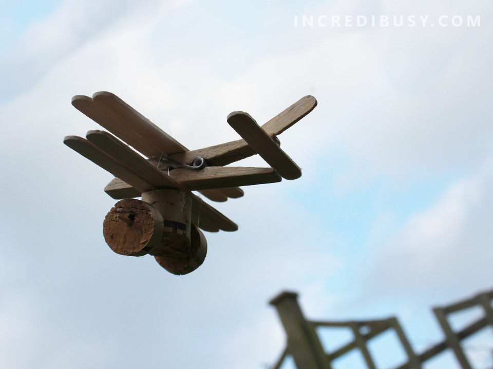 Clothes-Peg-Bi-Plane-Lolly-sticks-cork