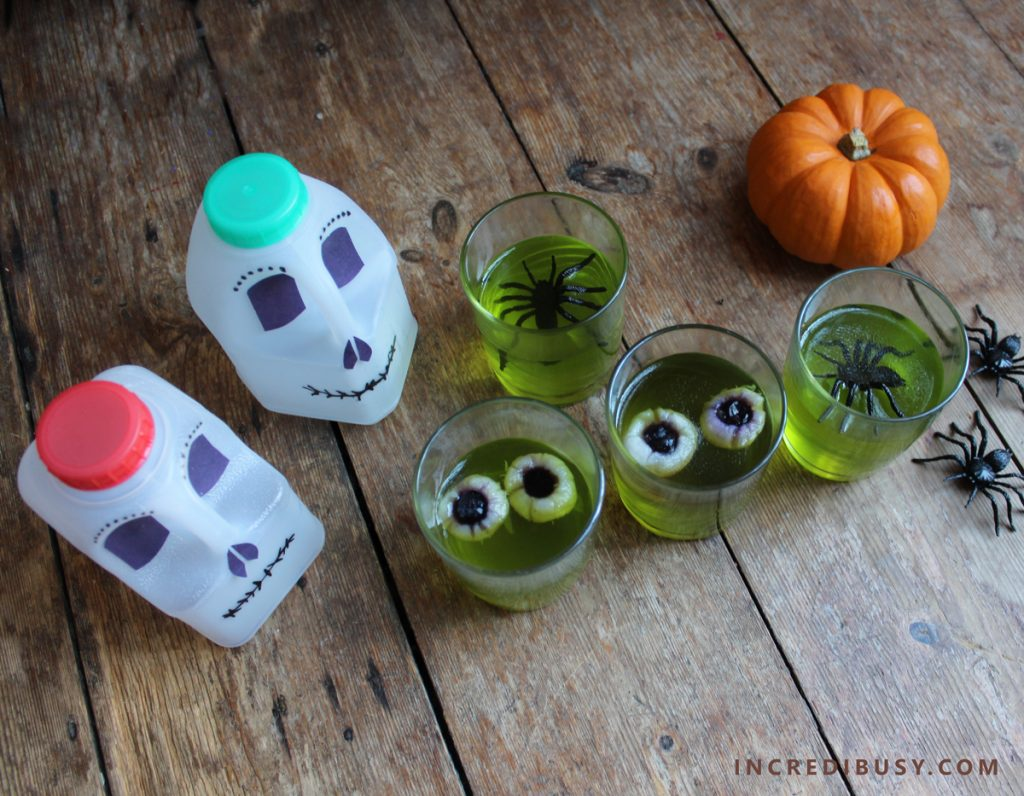 Halloween-Food-Jelly-Eyeballs-and-Spiders-and-Milk-bottle-skulls