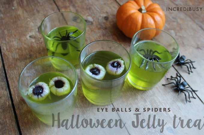 Halloween-Jelly-Eyeballs-and-Spiders